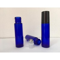 Sticluta roll-on albastra 10 ml cu bila de metal si capac negru